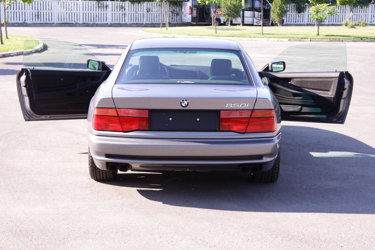 1991-BMW-850i-CSP2
